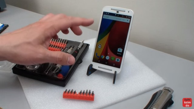 Motorola Moto G2 Akku austauschen - Werkzeugset