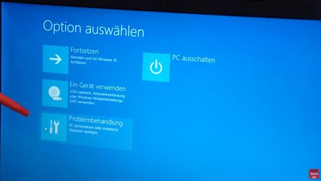 """Bios starten Windows 10 - Notebook - ins UEFI BIOS gelangen - klickt hier auf """"Problembehandlung"""""""