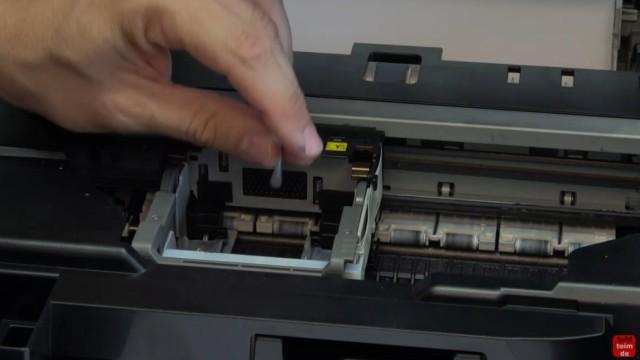 Canon Pixma Druckkopfprobleme beseitigen - Fehler beheben FIX - U052 Druckkopftyp ist nicht korrekt - Kontakte im Drucker reinigen
