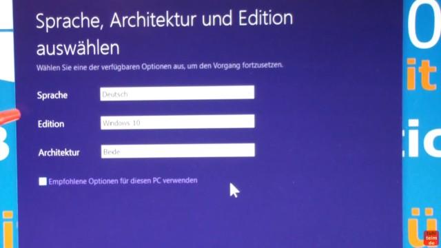 Windows 10 Download 32-bit und 64-bit Pro und Home auf USB-Stick mit Auswahlmenü für vier Windows 10-Versionen - ei.cfg konfigurieren - Architektur : 32-bit und 64-bit runterladen