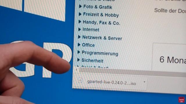Windows 7 und 10 Partitionen verwalten + verkleinern - GParted - nicht verschiebbare Dateien - GParted Live ISO Datei