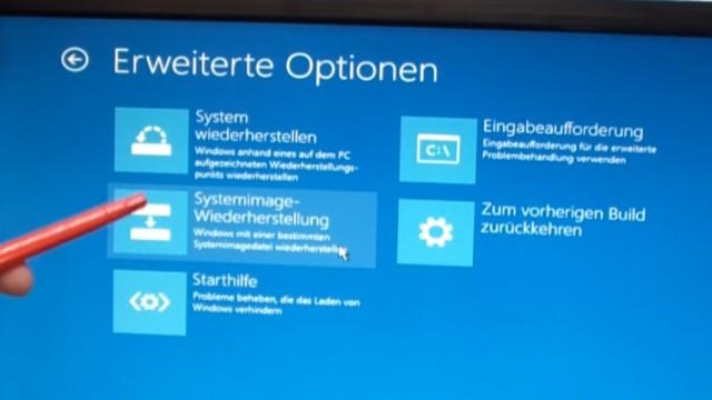 """Windows 10 Festplatte klonen auf SSD oder HDD [Teil 2] Zielfestplatte ist kleiner - bootet von eurer CD oder dem USB-Stick und wählt """"Systemimage-Wiederherstellung"""""""