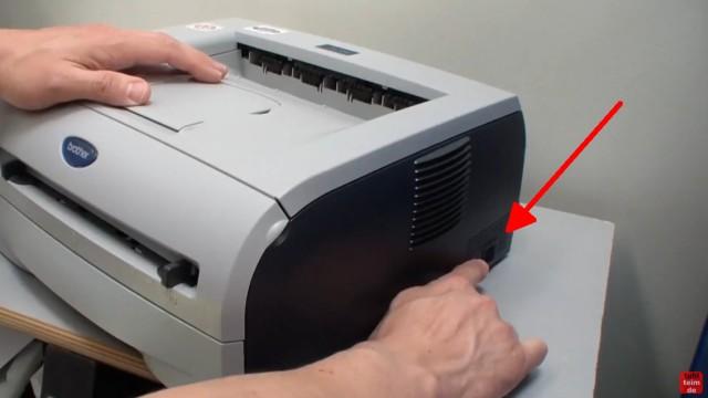 Brother HL Laserdrucker Papierstau - richtig entfernen ohne Drucker zu beschädigen - Gerät zuerst ausschalten