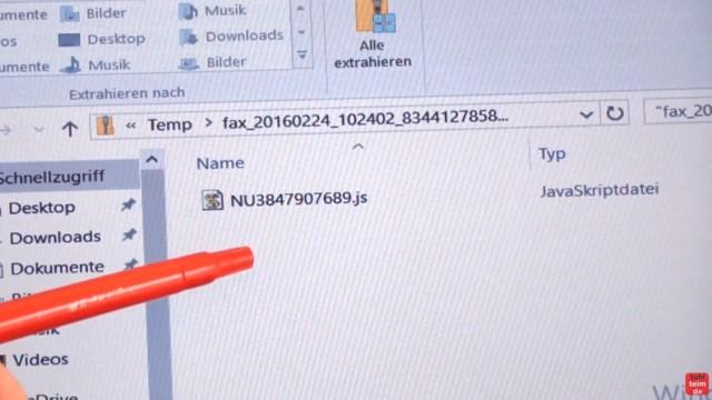 Locky Trojaner installieren - Krypto Virus mit Javascript verschlüsselt Platte - die ZIP-Datei ist entpackt und eine JavaScriptdatei kommt zum Vorschein