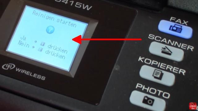 Brother MFC Druckkopf reinigen ohne Ausbau - Ausdruck ist streifig - Druckkopfreinigung per Software zuerst im Display starten