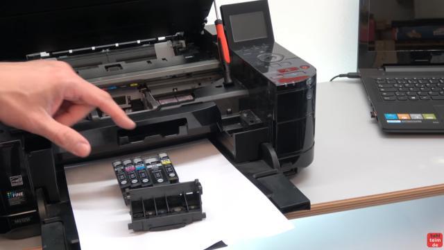 Canon Pixma Fehler 5B00 Error - Totalschaden - Druckkopf ausbauen - Reset - der Druckkopf und die Tintenpatronen sind ausgebaut
