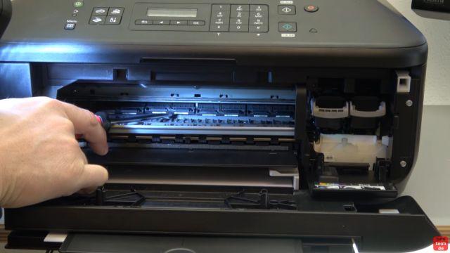 Canon Drucker druckt nicht richtig - gelöst - fehlerhafter Ausdruck - Druckerinnenraum auf Beschädigungen und Fremdobjekte kontrollieren