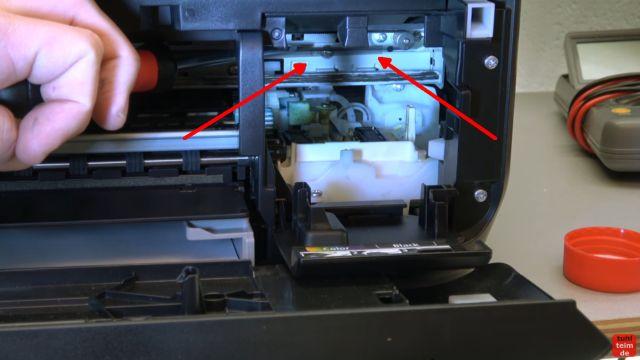 Canon Drucker druckt nicht richtig - gelöst - fehlerhafter Ausdruck - Reinigungseinheit und Positionsband / Indexband (Pfeile) prüfen