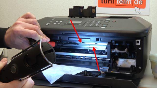 Canon Drucker druckt nicht richtig - gelöst - fehlerhafter Ausdruck - Positionsband / Indexband (Pfeile) prüfen
