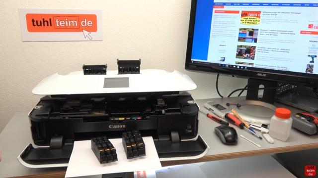 Canon Pixma Drucker Druckkopf auswechseln - ausbauen - wechseln - die kleine Klappe mit dem Display lässt sich nur etwas anheben