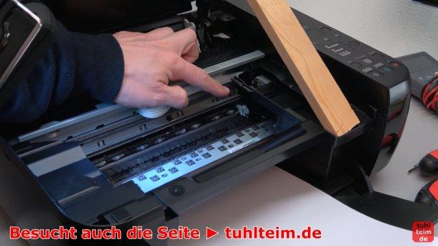 Canon Pixma Drucker Fehler / Error E / E03 wird im Display beim Einschalten angezeigt - Druckerinnenraum auf Fremdkörper kontrollieren