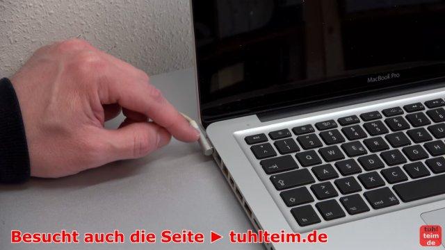 MacBook Hardware Reset | SMC | PRAM - vor dem Reset das Netzteil anschließen