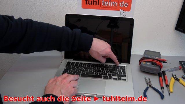 MacBook Hardware Reset | SMC | PRAM - zuerst auf den Einschalter drücken, danach auf die Tasten P + R + Alt + Command