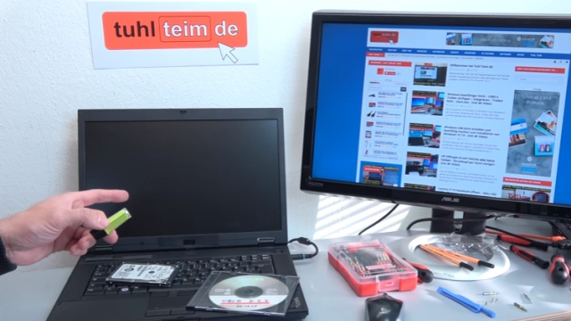 Notebook Bildschirm bleibt schwarz oder geht aus - Ursache: HDD defekt - Bildschirm bleibt dauerhaft schwarz oder dunkel