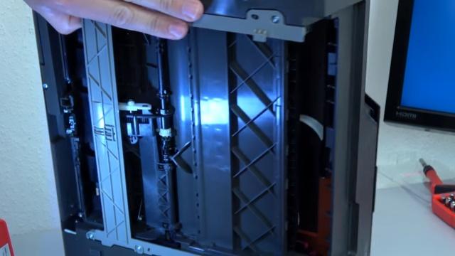 Hewlett-Packard Drucker - Patronenwagen frei geben lösen - HP Papierstau entfernen - Papiereinzug auf Defekte prüfen