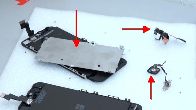 iPhone 5s Display Reparatur + Home Button einfach tauschen - Hitzeblech / Schutzblech abgeschraubt