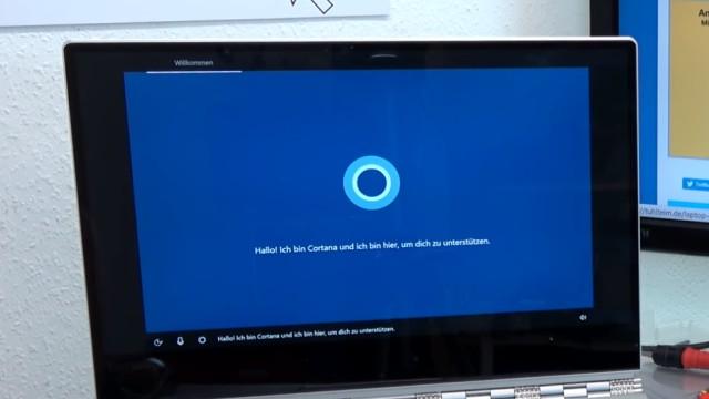"""Windows 10 Installation von USB-Stick mit Sprachsteuerung + Cortana """"Intelligenz""""-Test - Cortana liest die ersten Anweisungen vor"""