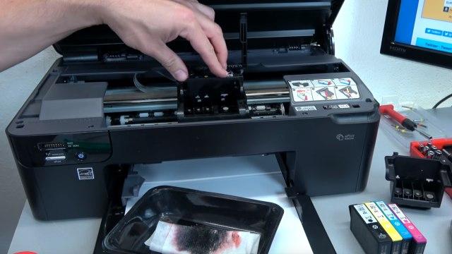 Hewlett-Packard Drucker Fehler Tintensystem - 0xc19a - aus und wieder einschalten - OfficeJet DeskJet Photosmart Envy - Druckkopf einbauen
