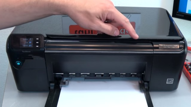 HP Drucker Patronenwagen blockiert - Stau am Schlitten beseitigen - laute Geräusche aus dem Drucker