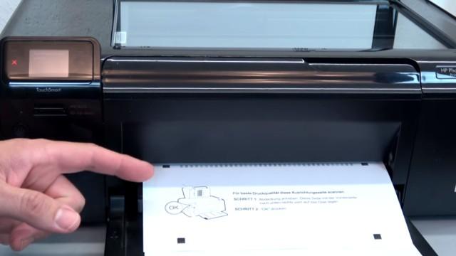 HP Drucker Patronenwagen blockiert - Stau am Schlitten beseitigen - Testseite drucken