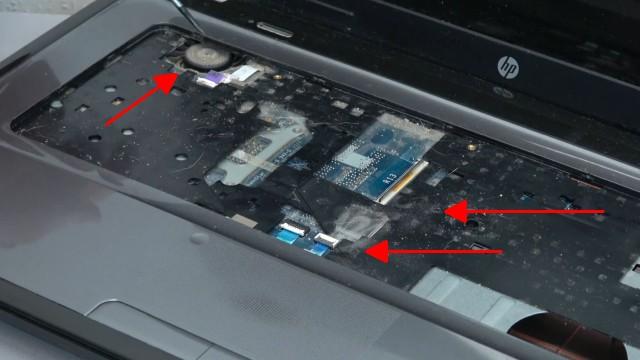 HP Pavilion g6 Laptop öffnen - Lüfter reinigen SSD einbauen Tastatur ausbauen - zwei Schrauben unter der Tastatur entfernen