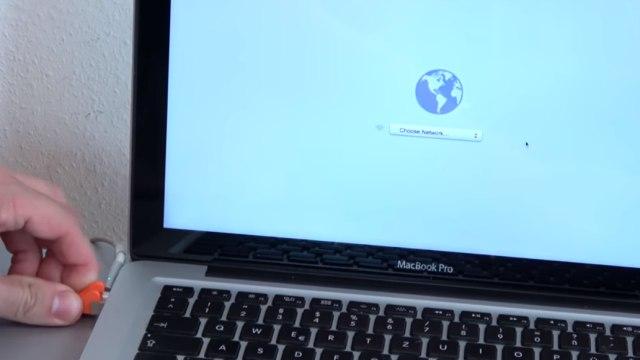 Apple MacBook Pro auf Werkseinstellung zurücksetzen - Festplatte löschen - OSX neu installieren - per LAN oder WLAN mit Internet verbinden