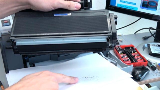 Brother Laserdrucker druckt Schatten Streifen - Ausdruck erscheint doppelt Grauschleier - Tonerkartusche ist undicht