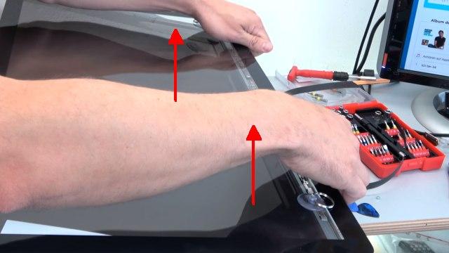 Apple iMac 27 Retina | Pro öffnen - Scheibe entfernen - Display HDD ausbauen - gleichmäßig und vorsichtig anheben