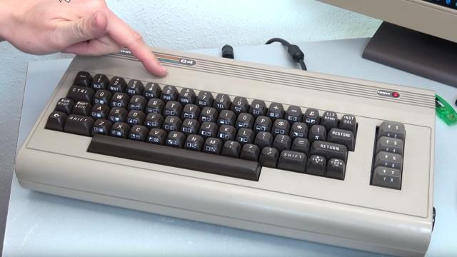 Commodore 64 mit Intel Prozessor und Windows 10 - C64 Retro Mod - C64 Original-Gehäuse - über 30 Jahre alt