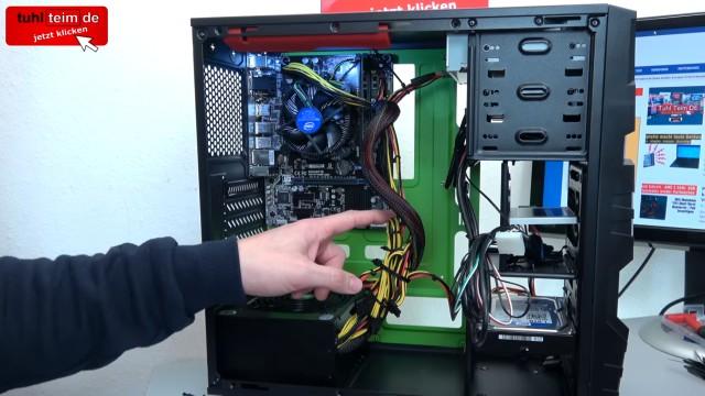 PC zusammenbauen - Schritt für Schritt - eigenen Rechner bauen - Anleitung - Netzteil einbauen und Stromkabel anschließen