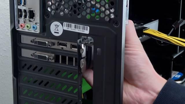 PC Grafikkarte einbauen - austauschen - Fehlersuche bei Problemen - PCI Express Anschlüsse - Grafikkarten-Einbau