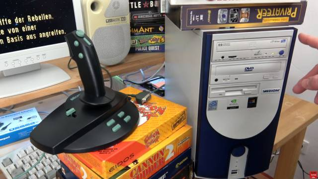 Microsoft Sidewinder Joysticks Force Feedback aus den 90ern mit Gameport - Test - Installation - Sidewinder 3D Pro am Windows Me PC
