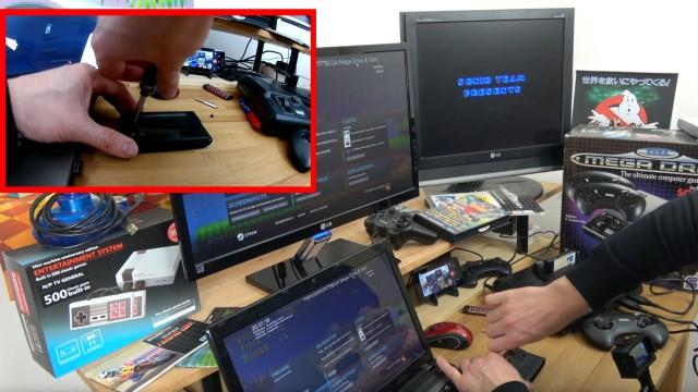 Videospielkonsole - Original vs. Windows 10 Emulation - Sega Mega Drive - Genesis - Modul aufschrauben mit Gamebit