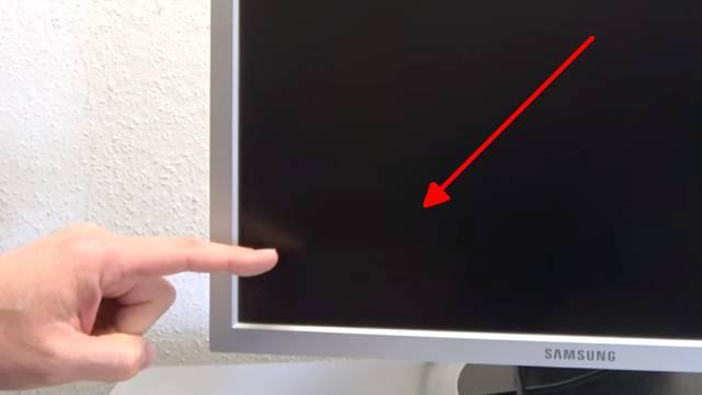 Computer PC-Monitor bleibt schwarz - kein Bild - OSD dunkel - Kondensatoren tauschen - OSD Menü ganz schwach sichtbar