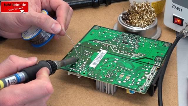 Computer PC-Monitor bleibt schwarz - kein Bild - OSD dunkel - Kondensatoren tauschen - Kondensatoren einlöten