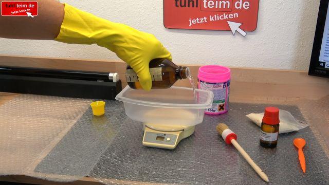 Vergilbtes Computergehäuse bleichen und reinigen - Retrobright herstellen - Retrobright anrühren / mischen